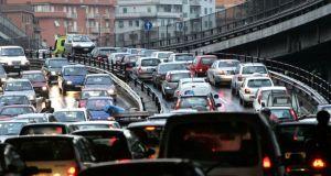 Rome battles smog with traffic-free Sunday