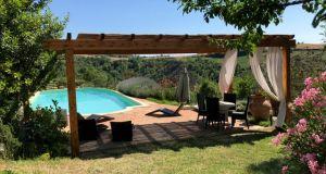 UMBRIA - farmhouse with pool