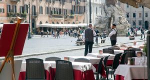 Italy orders bars and restaurants to close early amid covid-19 surge