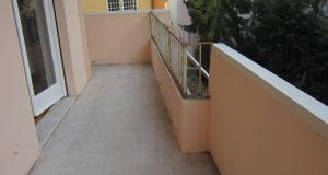 San Saba - 4 bedroom semi-furnished flat for rent