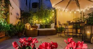 Experienced Host / Property Manager for Airbnb's in Monti District