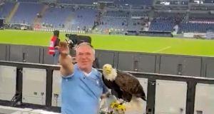 Italy's Jews slam Lazio falconer's fascist salute to Mussolini chant
