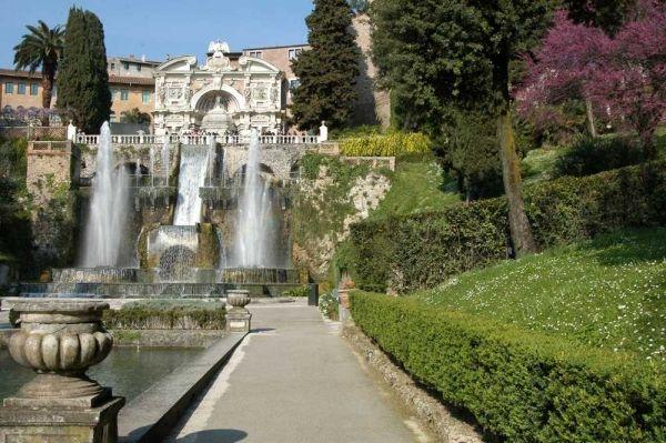 Discovering Lazio. Tivoli's wilderness garden