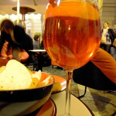 Ancient traditional Aperitif in a real Roman house!