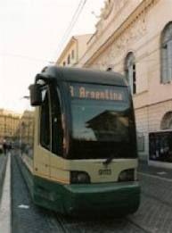 Tram 8 back on track