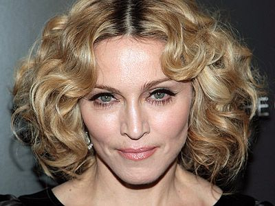 Madonna looks for home in Rome