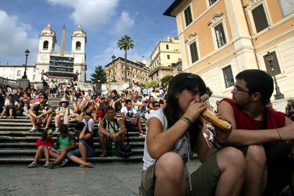 Rome mayor clarifies
