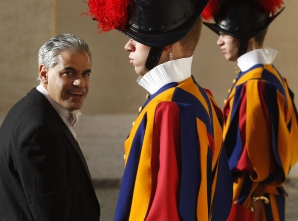 US ambassador to the Vatican takes up university position