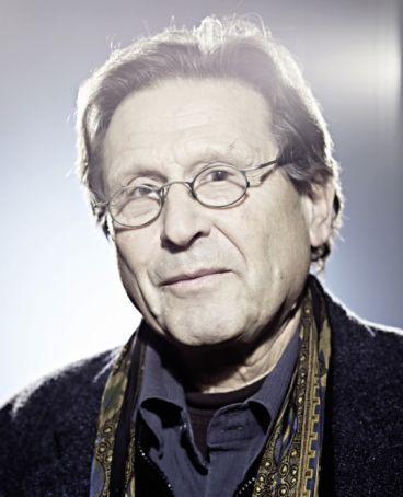Alvin Curran conducts Iato Orchestra