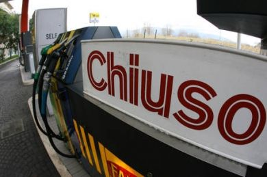 Italy's fuel stations on strike