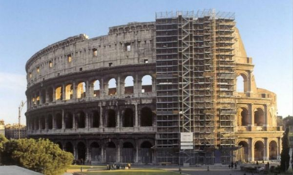 Restoration of Colosseum delayed