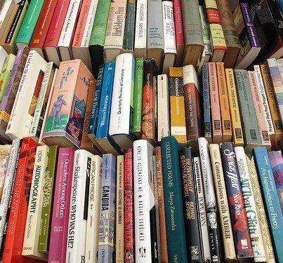 Rome's S. Susanna book sale