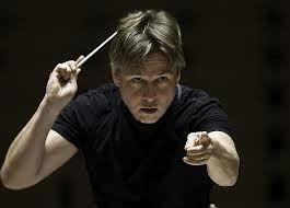 London Philharmonia conducted by Esa-Pekka Salonen