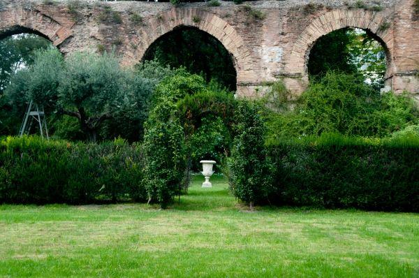 Villa Wolkonsky Gardens: Et in Arcadia ego