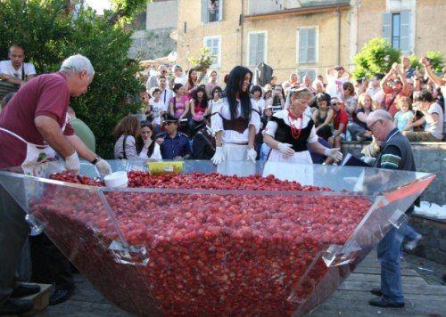 Strawberry festival in Rome