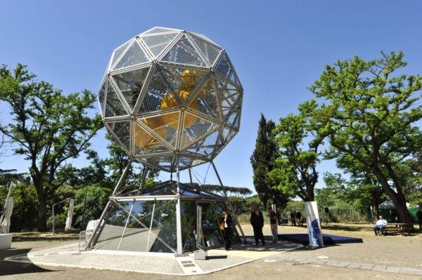 Solar Diamond in Rome's Valle Giulia