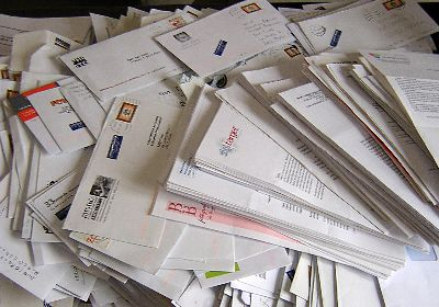 1,000 undelivered letters found in Rome