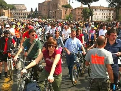 Bike tour with Friends in Rome