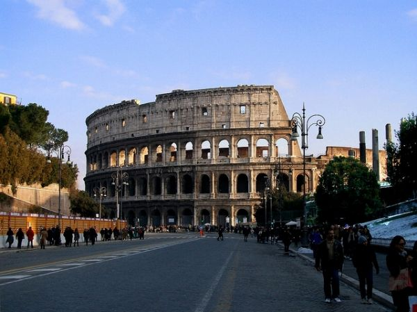 Colosseum restoration and pedestrianisation plan