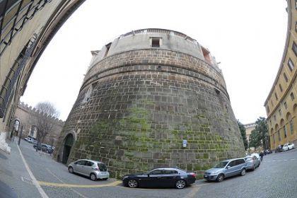 Vatican Bank closes four embassy accounts