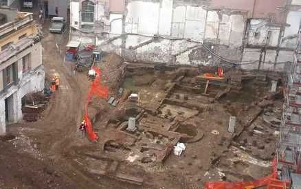 Ancient Roman quarter discovered under Via del Tritone