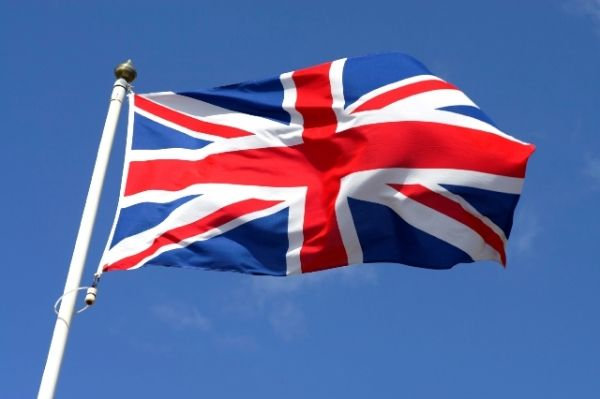 Notice for British expatriates in receipt of UK pensions and benefits
