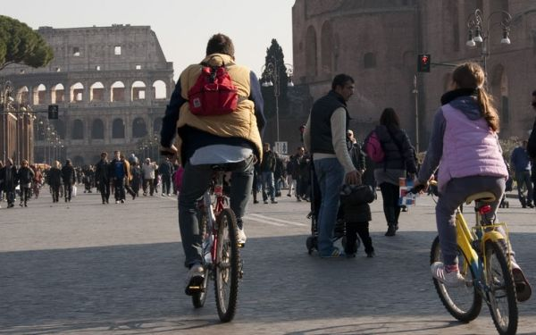 Traffic-free Sunday in Rome
