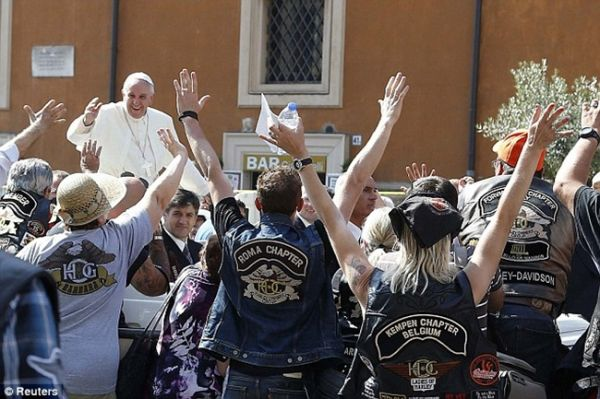 Pope's Harley up for auction