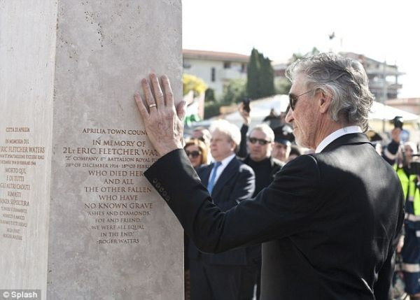 Roger Waters made honorary citizen of Anzio