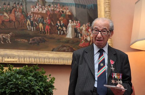 Harry Shindler receives MBE in Rome