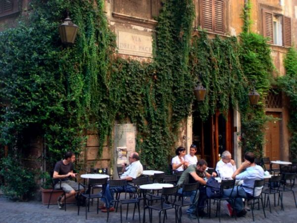 Rome city council to discuss Bar della Pace eviction