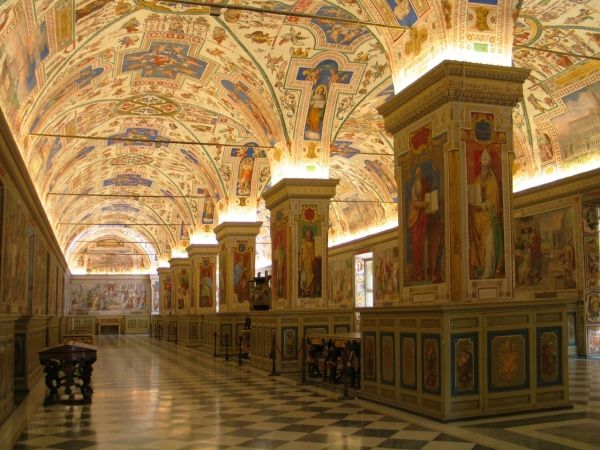 Japanese firm to digitise ancient Vatican manuscripts