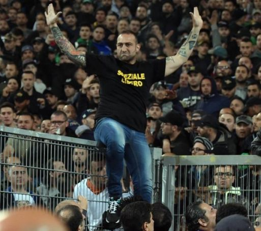 Italy calls for crackdown on football hooligans