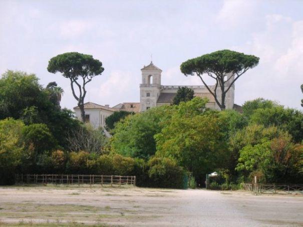 galoppatoio-di-villa-borghese