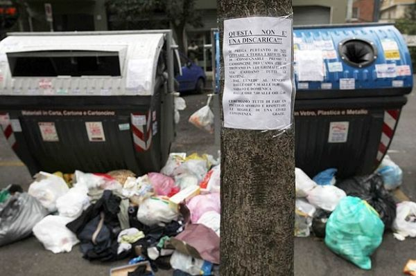 Rome deals with rubbish crisis
