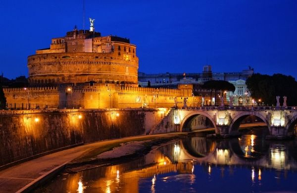 Open air cinema at Castel S. Angelo