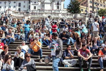 Rome's invitation to US couple attacked on Spanish Steps