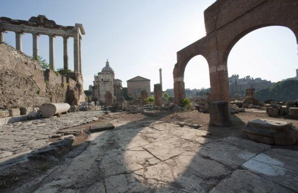Vicus Jugarius reopens in Roman Forum