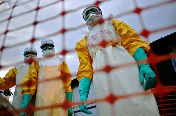 Ebola victim flown to Rome hospital