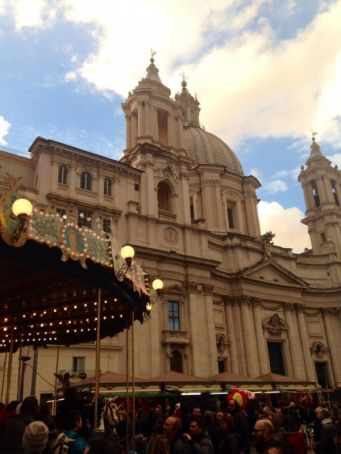 Rome reduces Christmas market at Piazza Navona