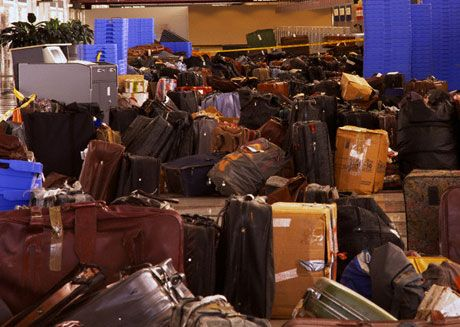 Rome airport auctions unclaimed luggage