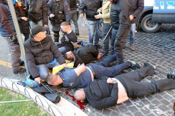 Dutch football hooligans wreak havoc in Rome