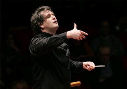 S. Cecilia plays Rachmaninov and Sibelius