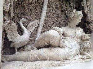 Juno by Domenico Fontana