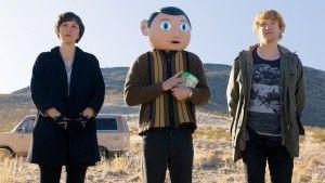 Maggie Gyllenhaal, Michael Fassbender and Domhnall Gleeson in Frank