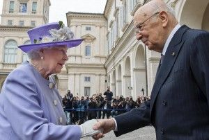 Queen Elizabeth II welcomed by former Italian president Giorgio Napolitano in April 2014.