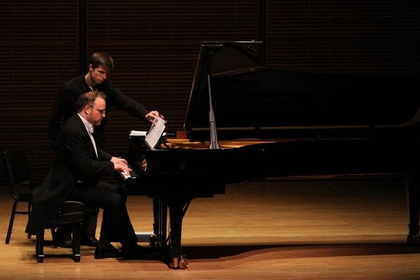 Pianist Nicholas Hodges debuts in Rome