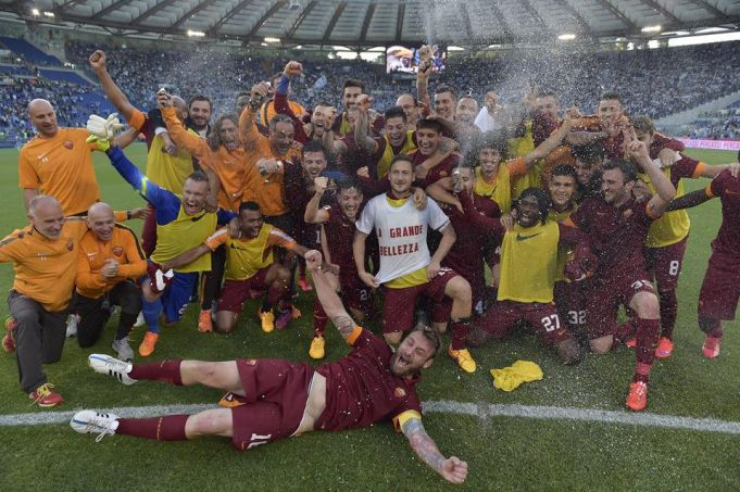 Roma wins derby and qualifies for Champions League