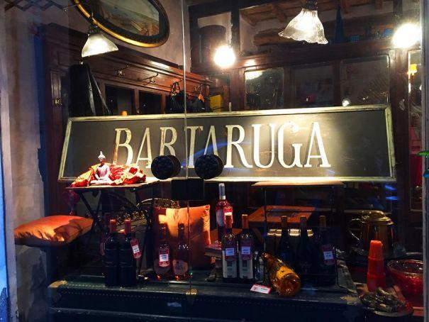 Bartaruga wine bar near Rome's Turtle Fountain