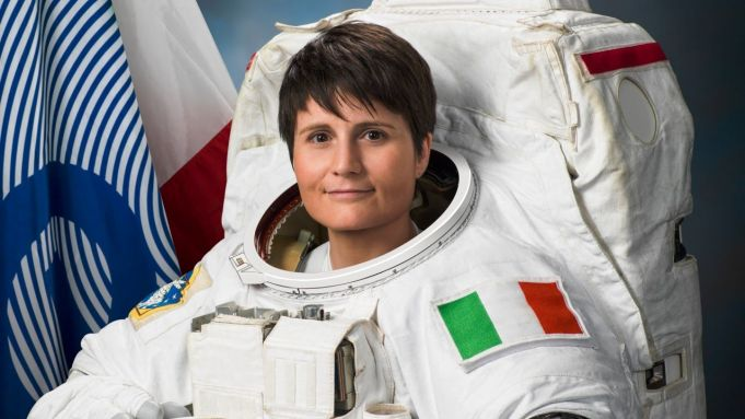 Samantha Cristoforetti breaks record for the longest time a female astronaut has spent in space